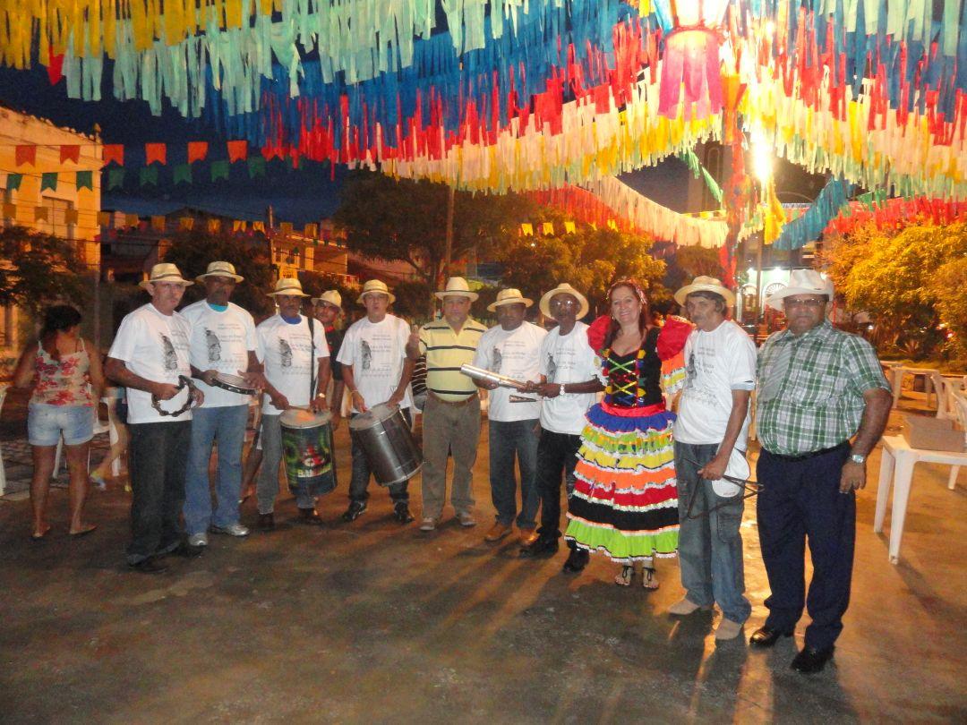 Cidade que ensinou o Brasil a dançar forró mantém tradição dos festejos  juninos 540c101797